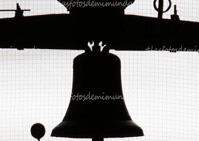 campana a contraluz